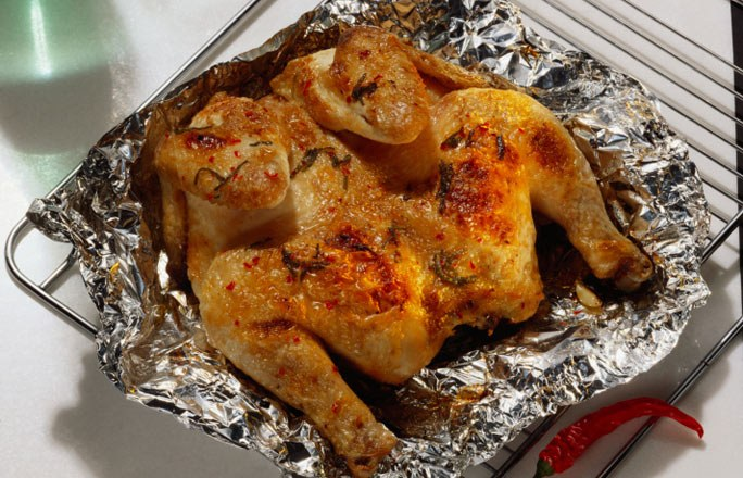 Как вкусно зажарить курицу в духовке в рукаве — 4