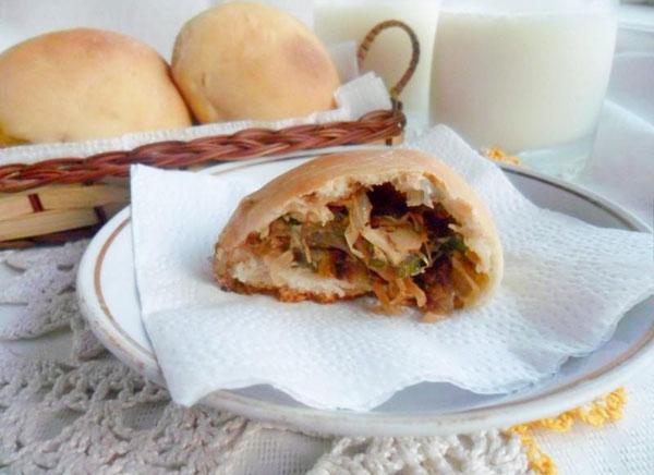 Пирожки с капустой в духовке – 7 пошаговых рецептов пирожков на дрожжах